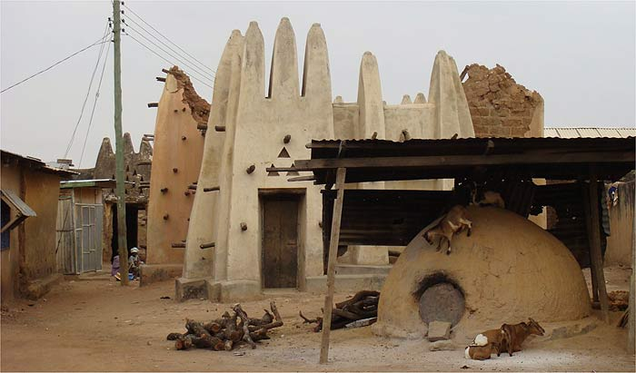 Dondoli Mosque in Wa
